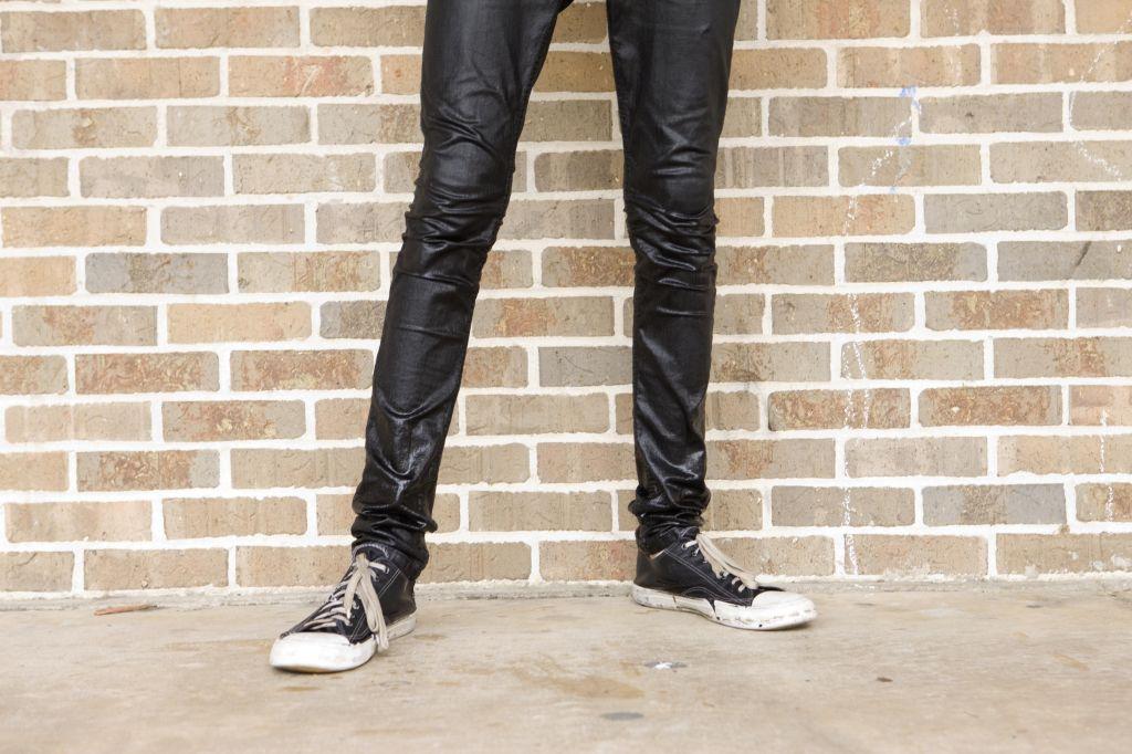 Skinny Legs in wet jeans