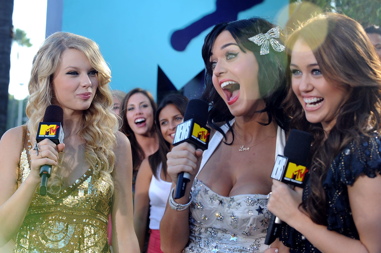 2008 MTV Video Music Awards - Red Carpet
