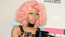 2011 American Music Awards - Press Room