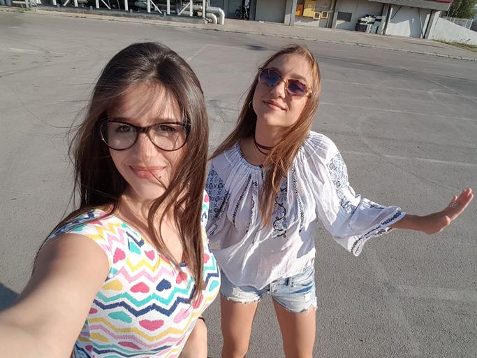 Best friends selfie