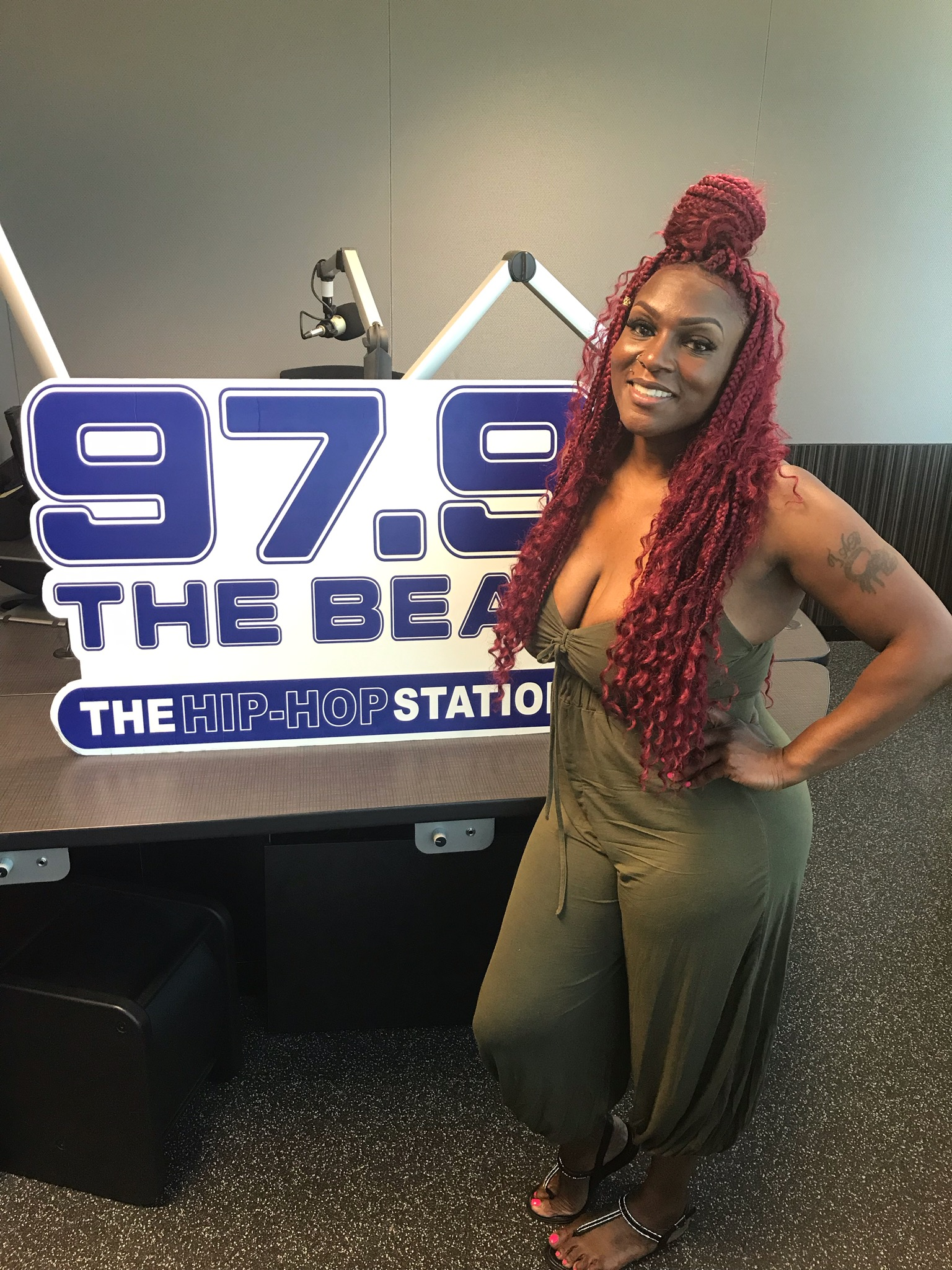 She Represents - Jazze Radio-Chica Interview Hairstylist Tabitha Lorick