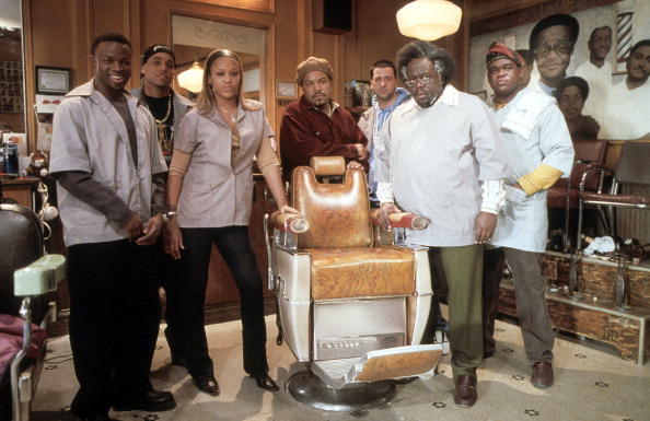 Ice Cube And Cedric The Entertainer In 'Barbershop'